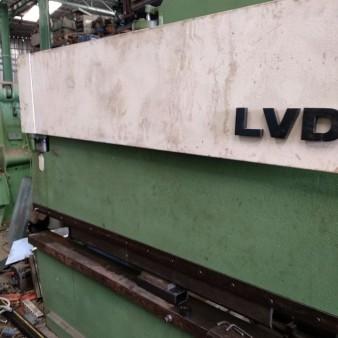 Στραντζόπρεσσα LVD (70ton X 3.00m)